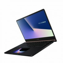 "Лаптоп ASUS UX480FD-BE043T, i5-8265U, 14"", 8GB, 256GB, Windows 10"